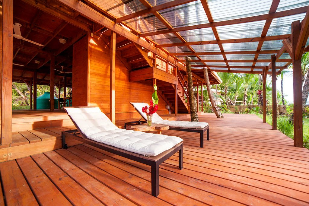 The outdoor seating area of Casa Ceramica 1 is a wonderful Bocas del Toro apartment for rent.